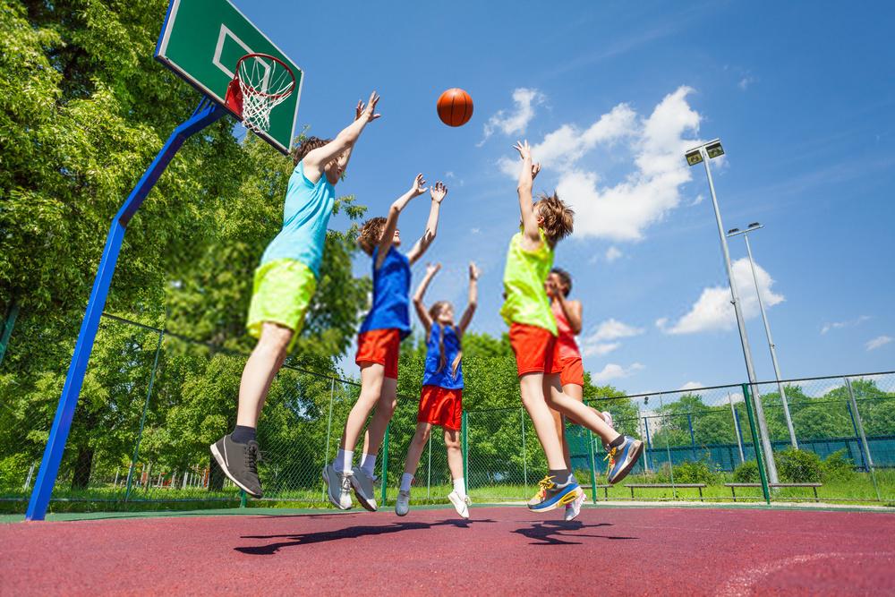 Chơi bóng rổ tăng chiều cao nhanh chóng