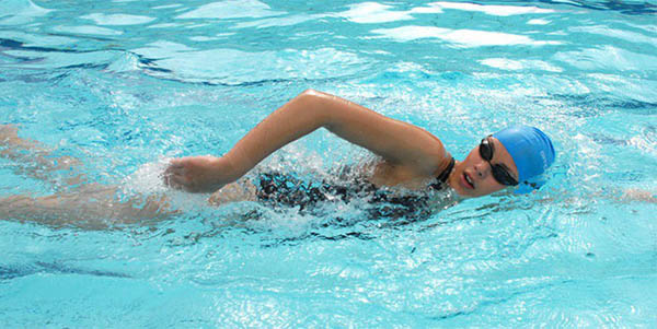 Bơi giúp tăng chiều cao nhanh chóng