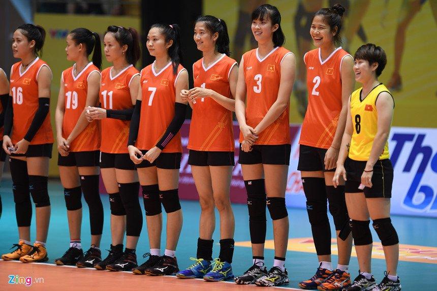 Đội tuyển bóng chuyền nữ Việt Nam ai cũng có thân hình săn chắc, thon gọn
