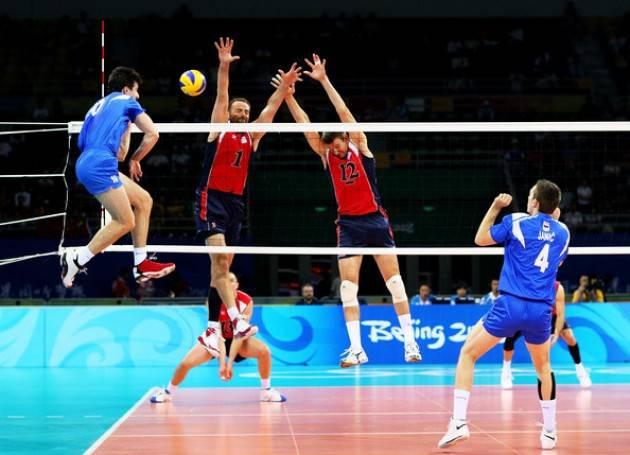 Chơi bóng chuyền giúp tăng chiều cao