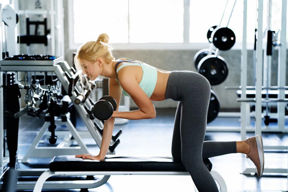 Nữ tập gym để có thân hình Sexy