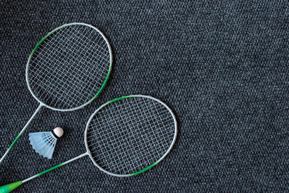 Chọn vợt cầu lông phù hợp với lối chơi của bạn