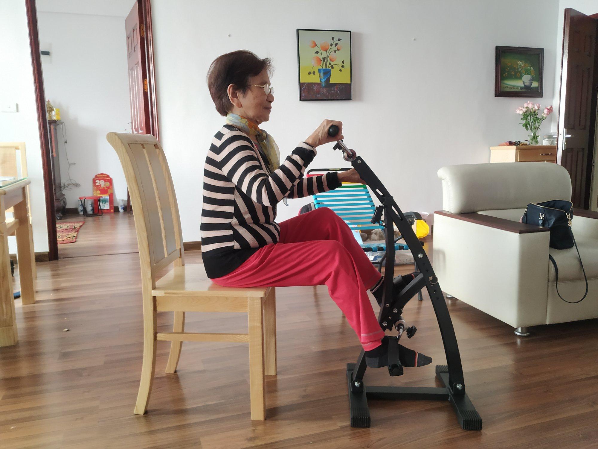 Hình ảnh xe đạp tập Dual Bike
