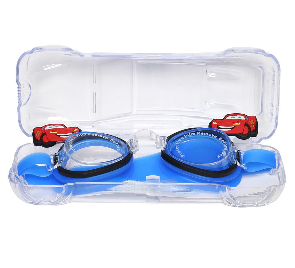 Cất kính bơi vào hộp khi không sử dụng