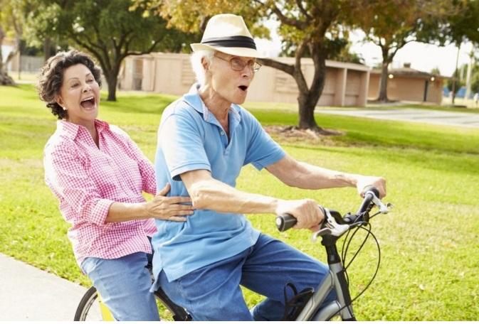 Các bài tập với xe đạp thể dục giúp kéo dài tuổi thọ, chống các quá trình lão hóa diễn ra