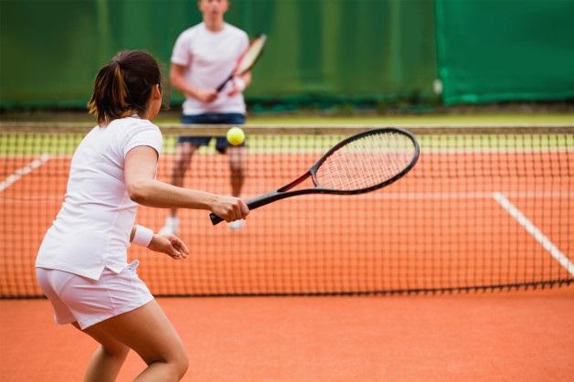 Chơi tennis ngày nay